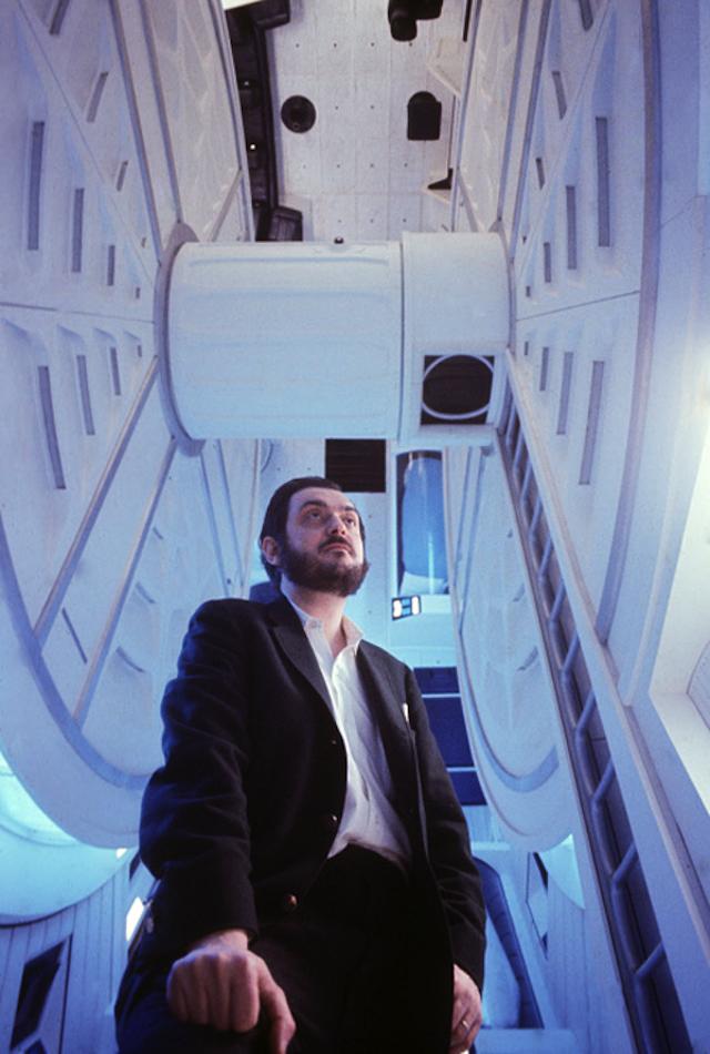 2001 Space Odyssey 01