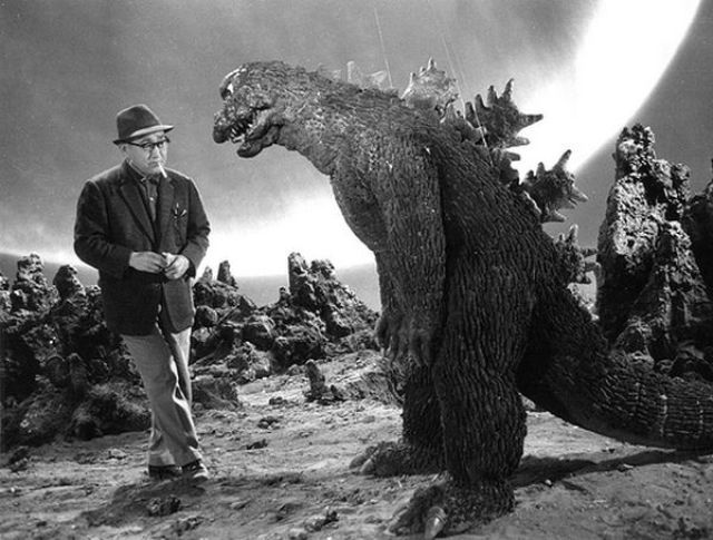Mothra vs. Godzilla 02