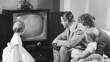 1950s-family-watching-TV 690 1