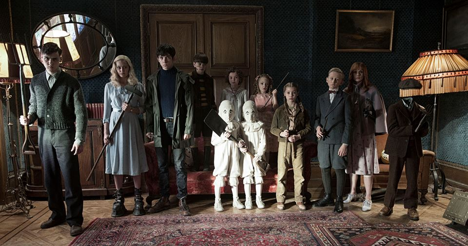 MISS PEREGRINE'S HOME FOR PECULIAR CHILDREN 9